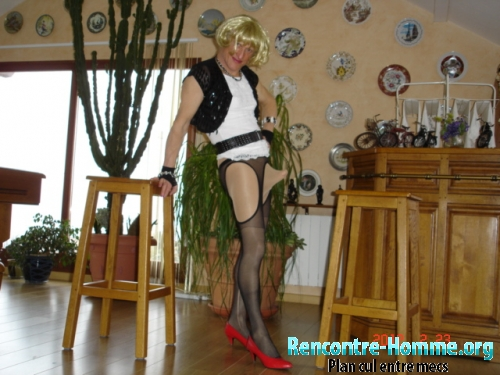 Rencontre homme Travesti en collant